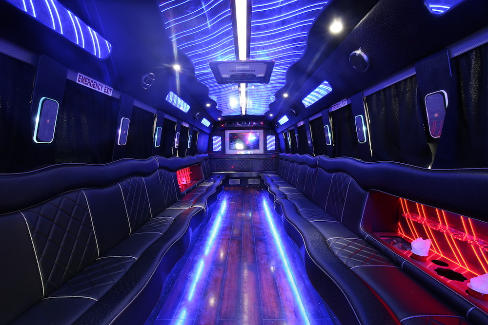 Chicago Party Bus Rental: Limo Bus & Mini Bus | Chicago Limo Coach - chicago_party_bus